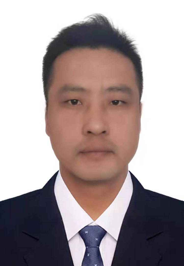 尹双红  采编部